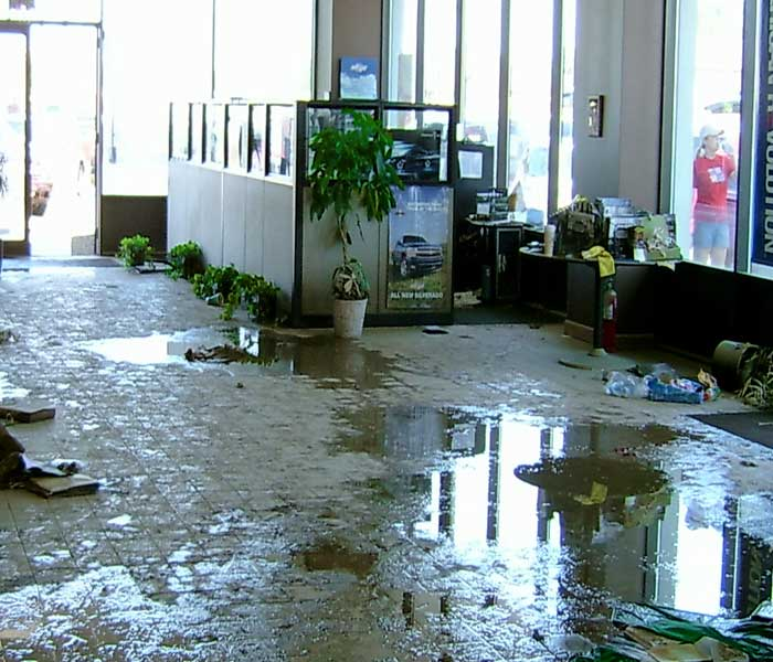 commercial water damage 700x600